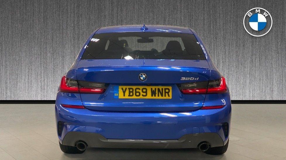 Image 15 - BMW 320d M Sport Saloon (YB69WNR)
