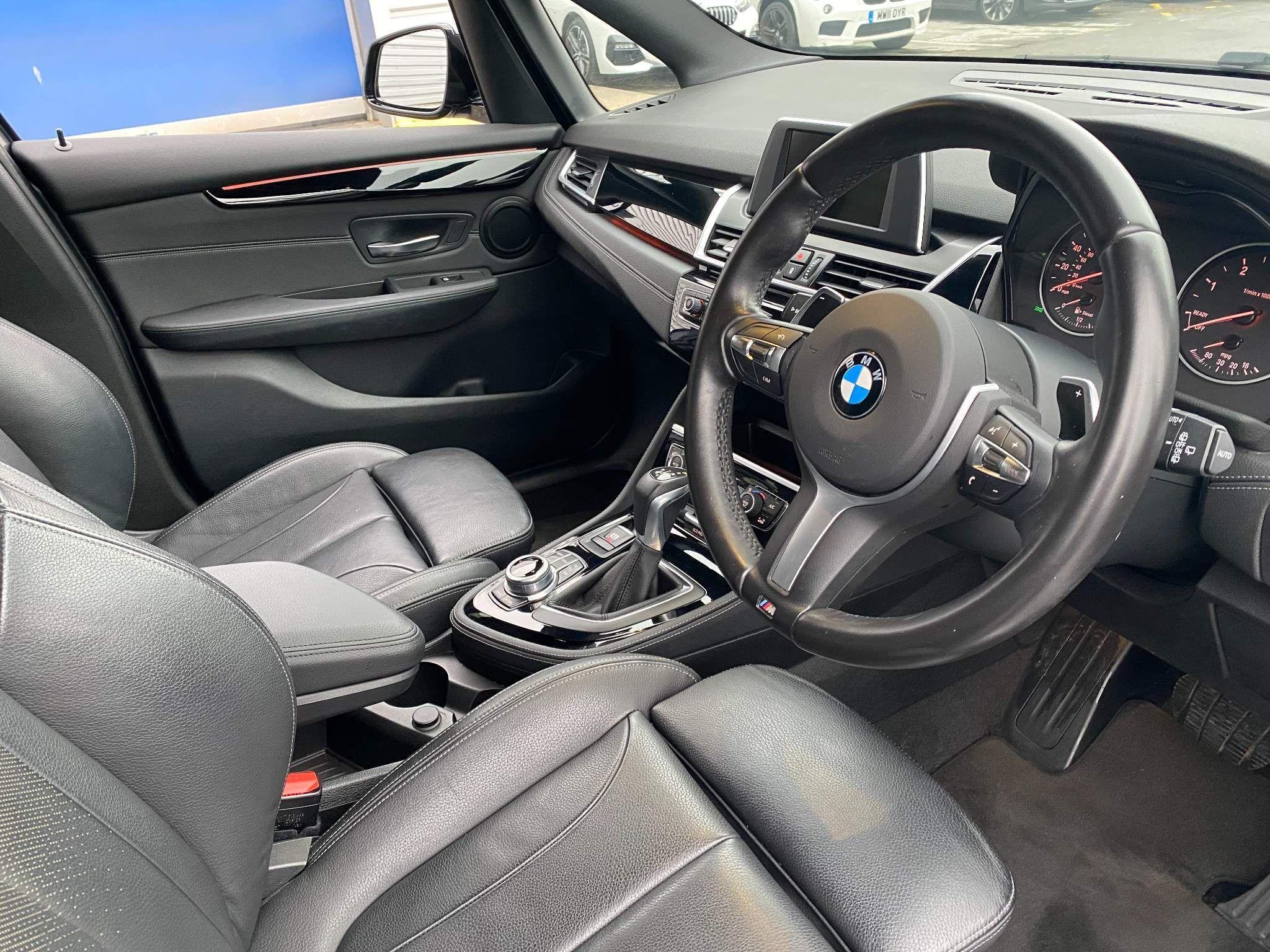 Image 7 - BMW 220d xDrive M Sport Active Tourer (DE67XPO)