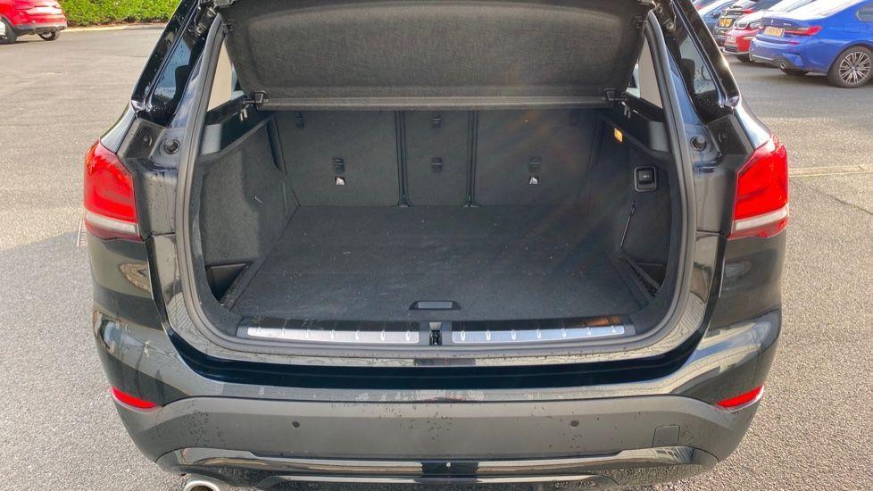 Image 13 - BMW sDrive18i Sport (YH20WBT)