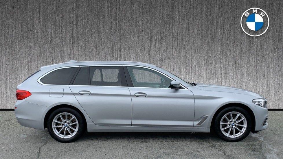 Image 3 - BMW 520d xDrive SE Touring (CY67FUD)