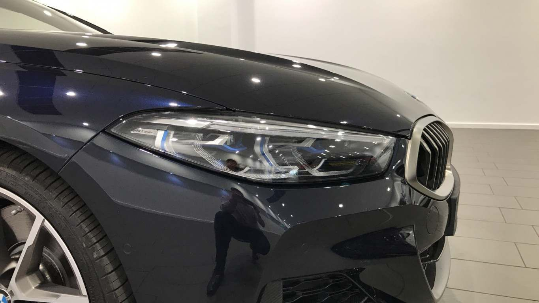 Image 23 - BMW M850i xDrive Convertible (YC69FNL)