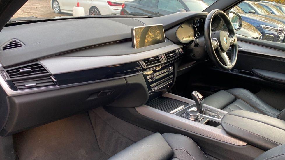 Image 6 - BMW xDrive30d M Sport (MM18CJZ)