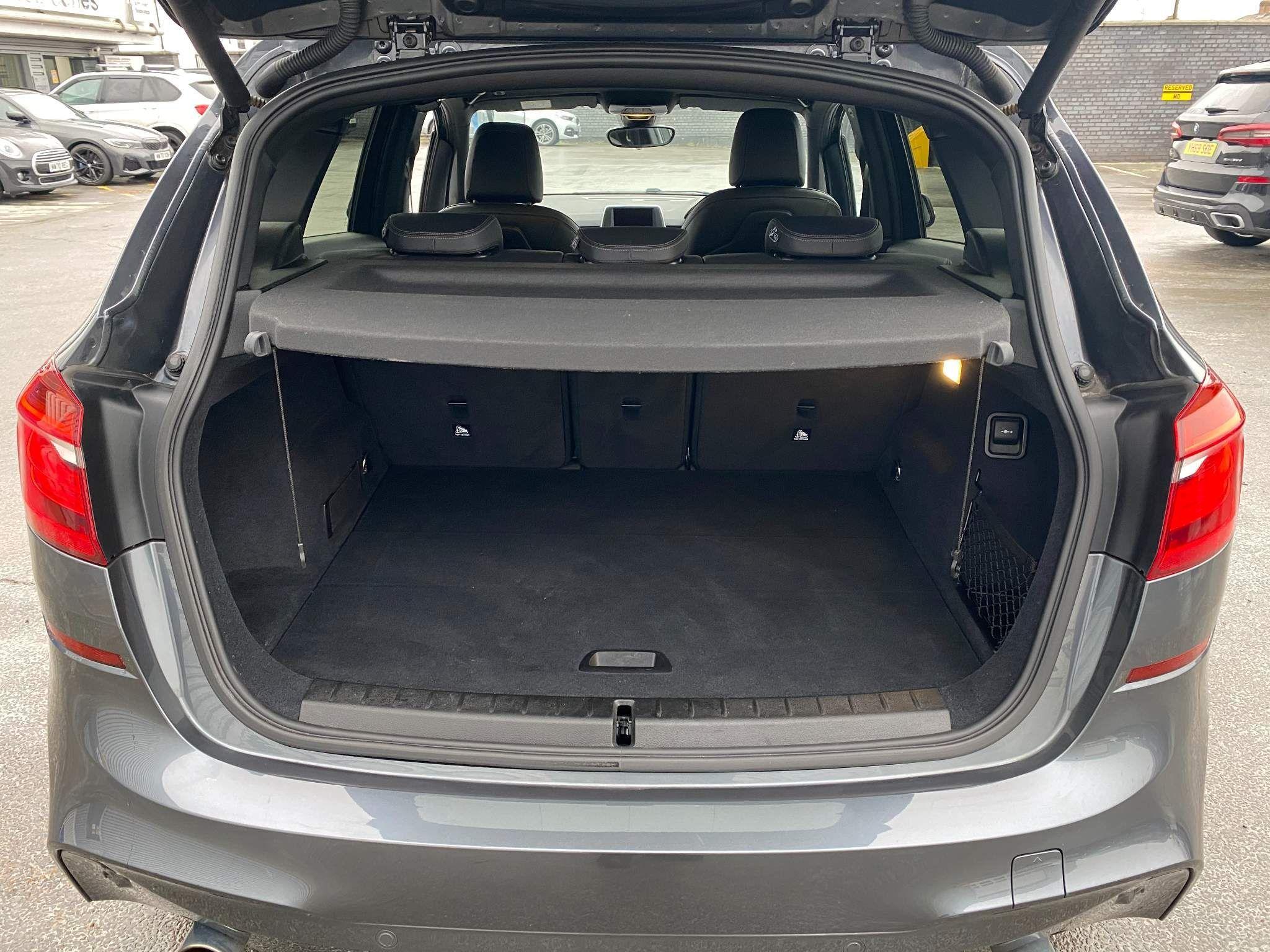 Image 5 - BMW 220d xDrive M Sport Active Tourer (DE67XPO)