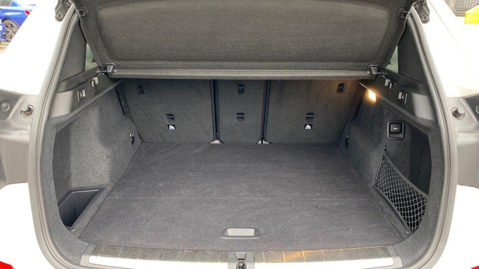 Image 13 - BMW sDrive18i M Sport (MM18LOD)