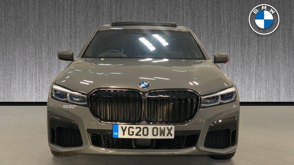 Image 16 - BMW 745Le xDrive M Sport Saloon (YG20OWX)