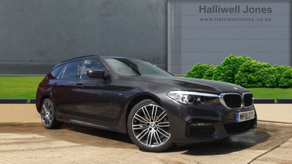 Thumbnail - 1 - BMW 520d M Sport Touring (MP19DTK)