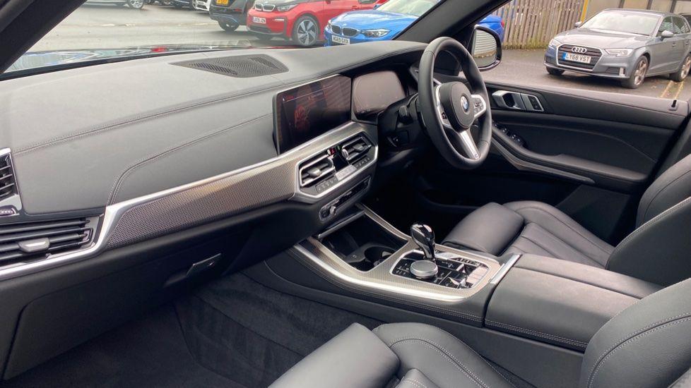 Image 6 - BMW xDrive30d M Sport (YG20OYT)