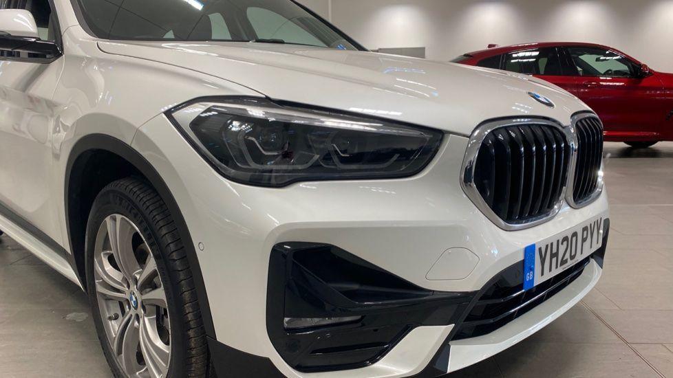 Image 22 - BMW sDrive18i Sport (YH20PYY)