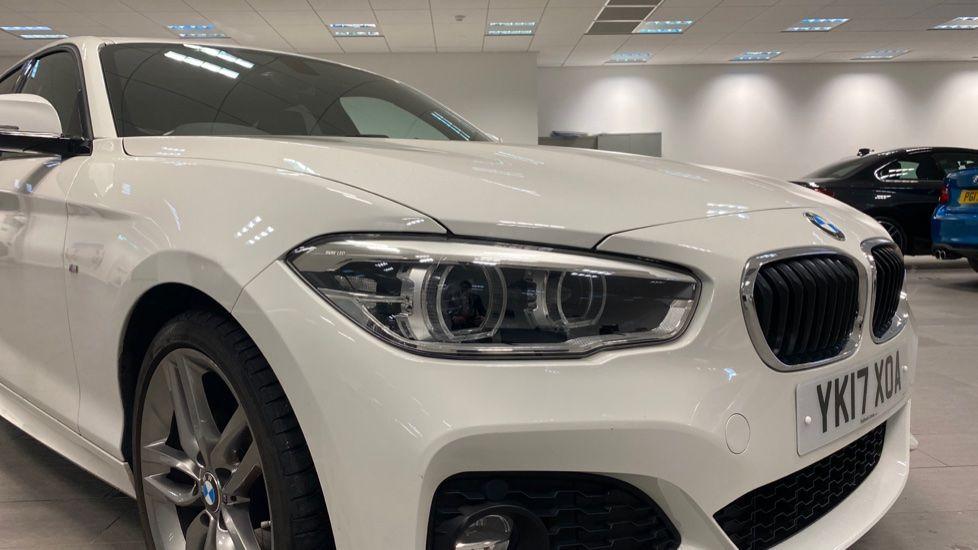 Image 18 - BMW 118i M Sport 5-Door (YK17XOA)