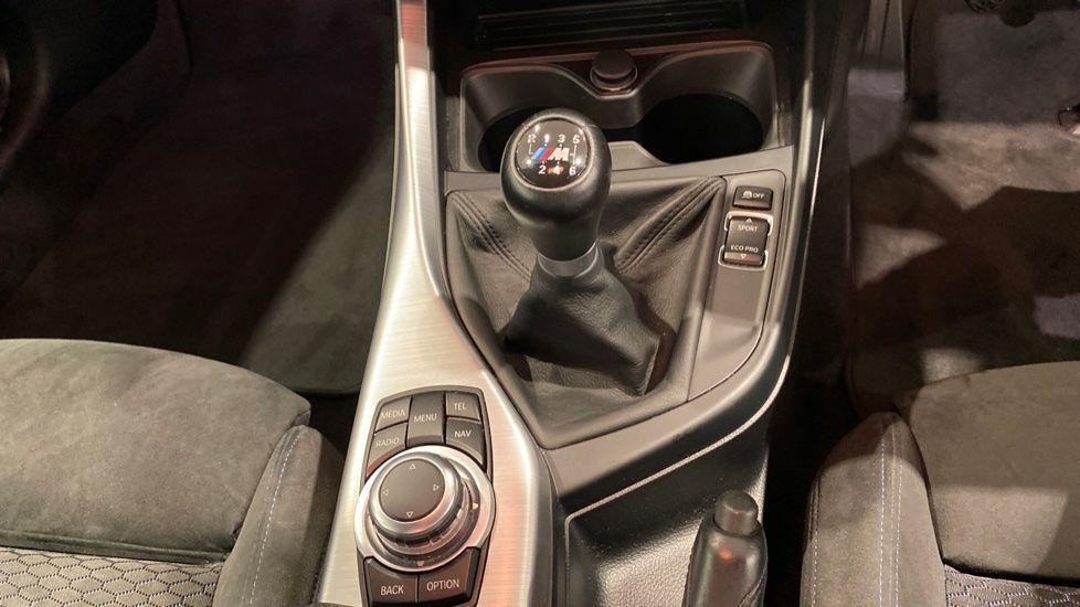 Image 6 - BMW 118d M Sport 3-Door (YD16PBC)