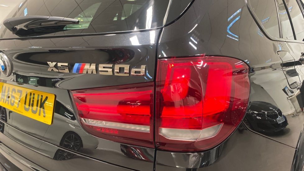 Image 22 - BMW M50d (MA67UUK)