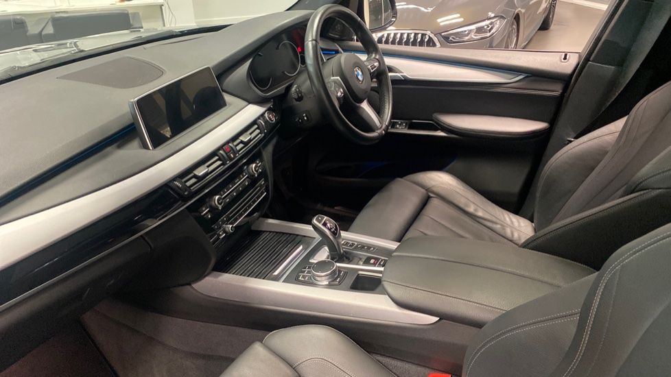 Image 6 - BMW M50d (MA67UUK)
