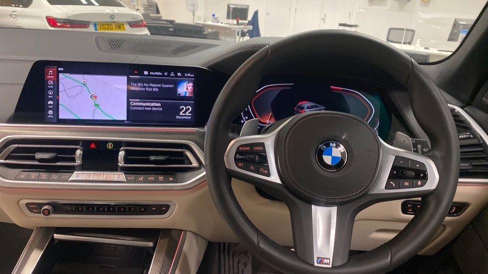 Image 8 - BMW xDrive40i M Sport (YE20DWY)