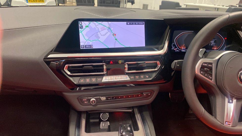 Image 7 - BMW sDrive20i M Sport (PJ20FPP)