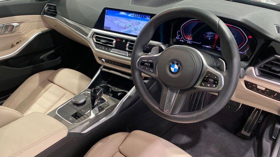 Image 4 - BMW 330d M Sport Pro Edition Touring (DE20WAU)