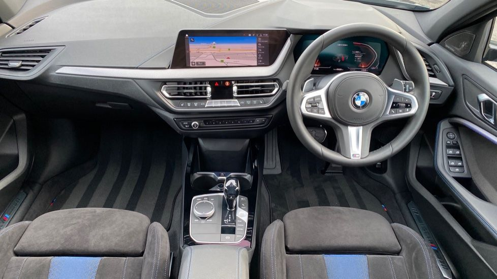 Image 4 - BMW M135i xDrive (YH20CUV)