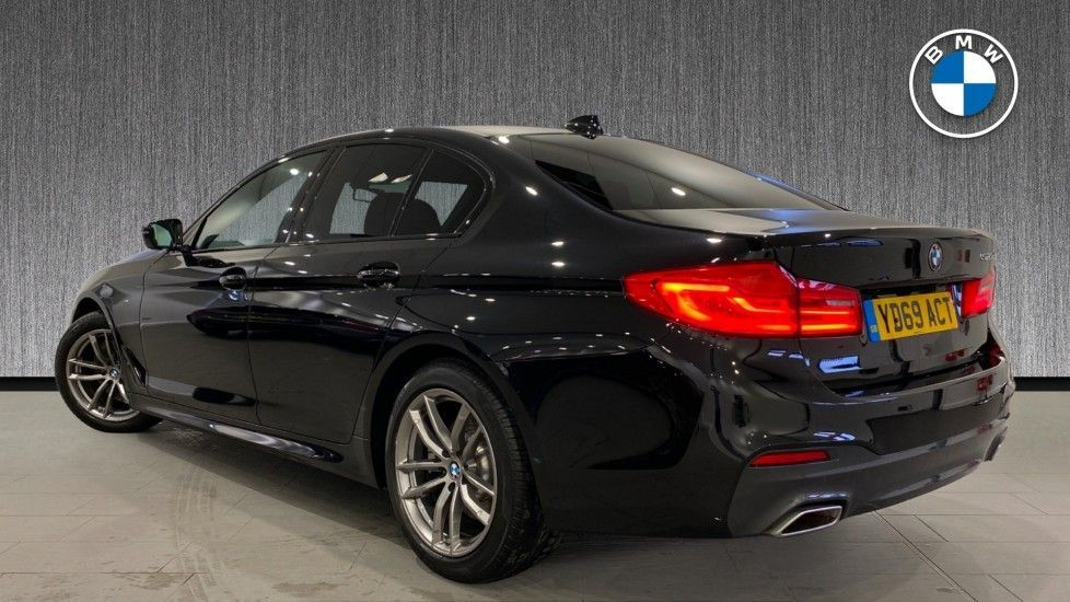 Image 2 - BMW 520d M Sport Saloon (YD69ACT)
