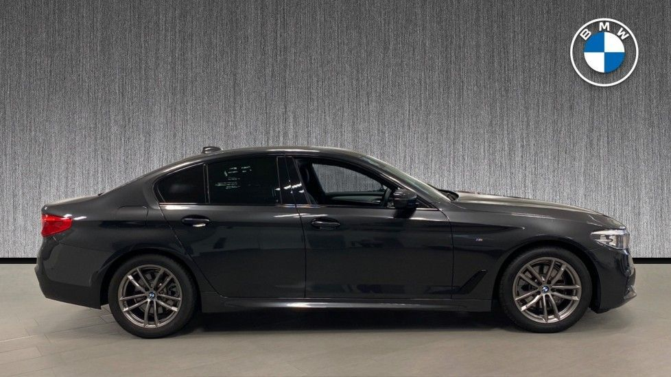 Image 3 - BMW 520i M Sport Saloon (YJ69VAC)