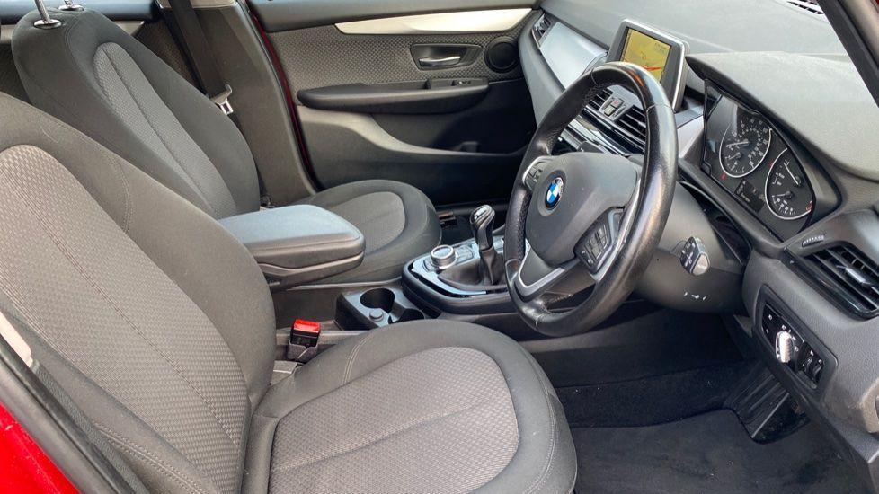 Image 11 - BMW 218i SE Active Tourer (DC66GVL)
