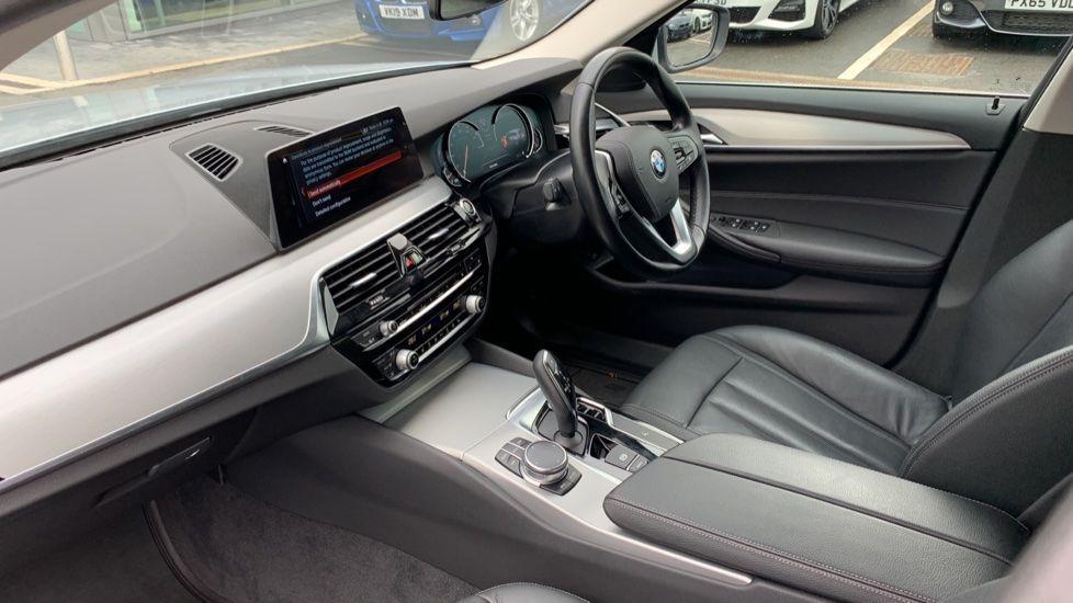Image 6 - BMW 520d xDrive SE Touring (CY67FUD)