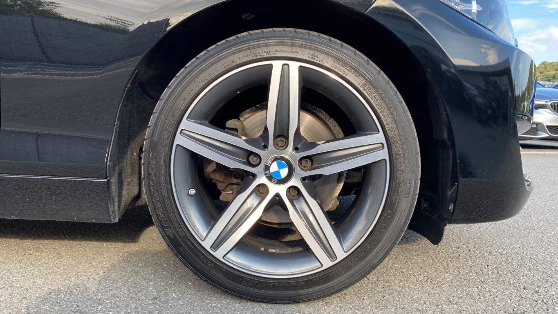 Image 14 - BMW 218d Sport Convertible (MJ17EAY)