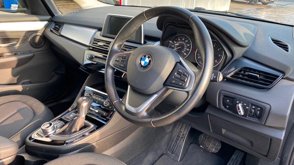 Image 5 - BMW 216d SE Active Tourer (MC17VBX)
