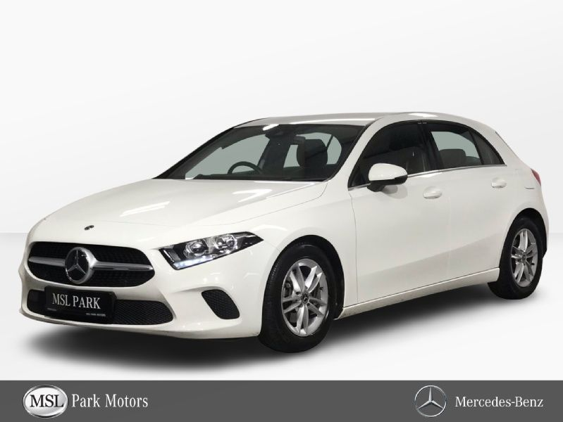 Mercedes-Benz A-Class 180 SE - 16 Inch Alloys - Reversing Camera - Cruise Control - Satellite Navigation - Climate Control - Auto Lights & Wipers