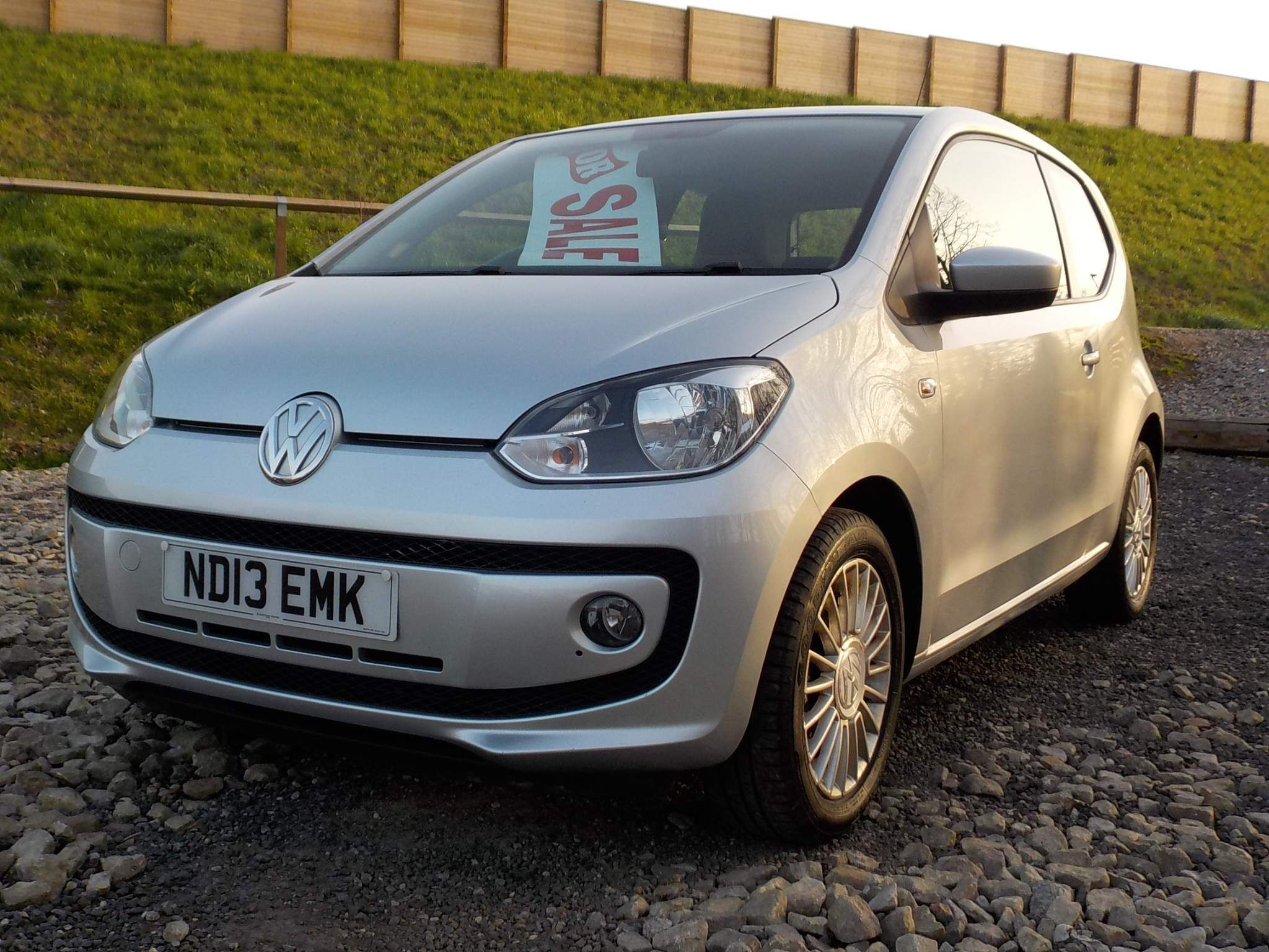 Volkswagen up! 1.0 High up! 3dr