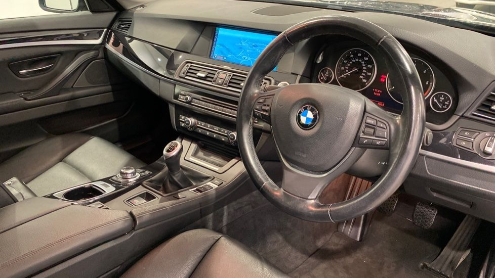 Image 4 - BMW 520d Efficient Dynamics (YE12CWY)