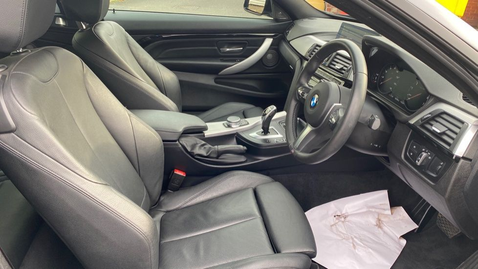 Image 11 - BMW 420i xDrive M Sport Coupe Auto (YG20JUF)