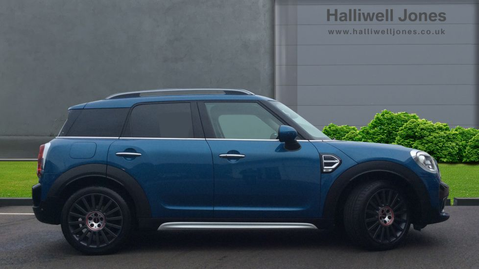 Image 3 - MINI Countryman (CX18XVP)