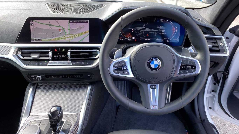 Image 5 - BMW 420d M Sport Coupe (YG70GCO)