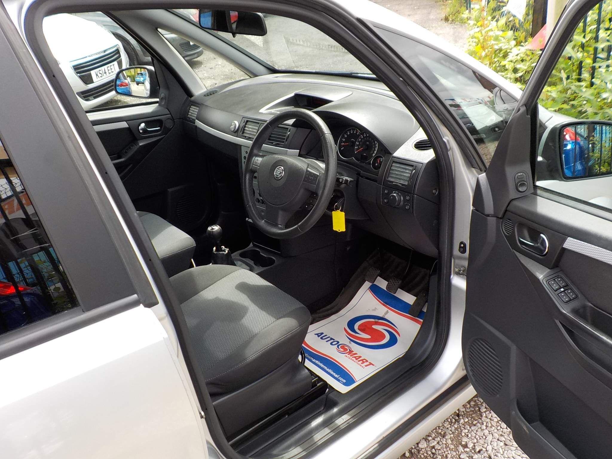 Vauxhall Meriva 1.6 i 16v Design 5dr (a/c)