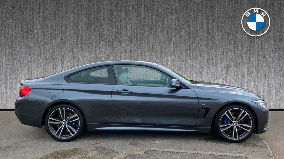 Thumbnail - 3 - BMW 428i M Sport Coupe (GD64USY)