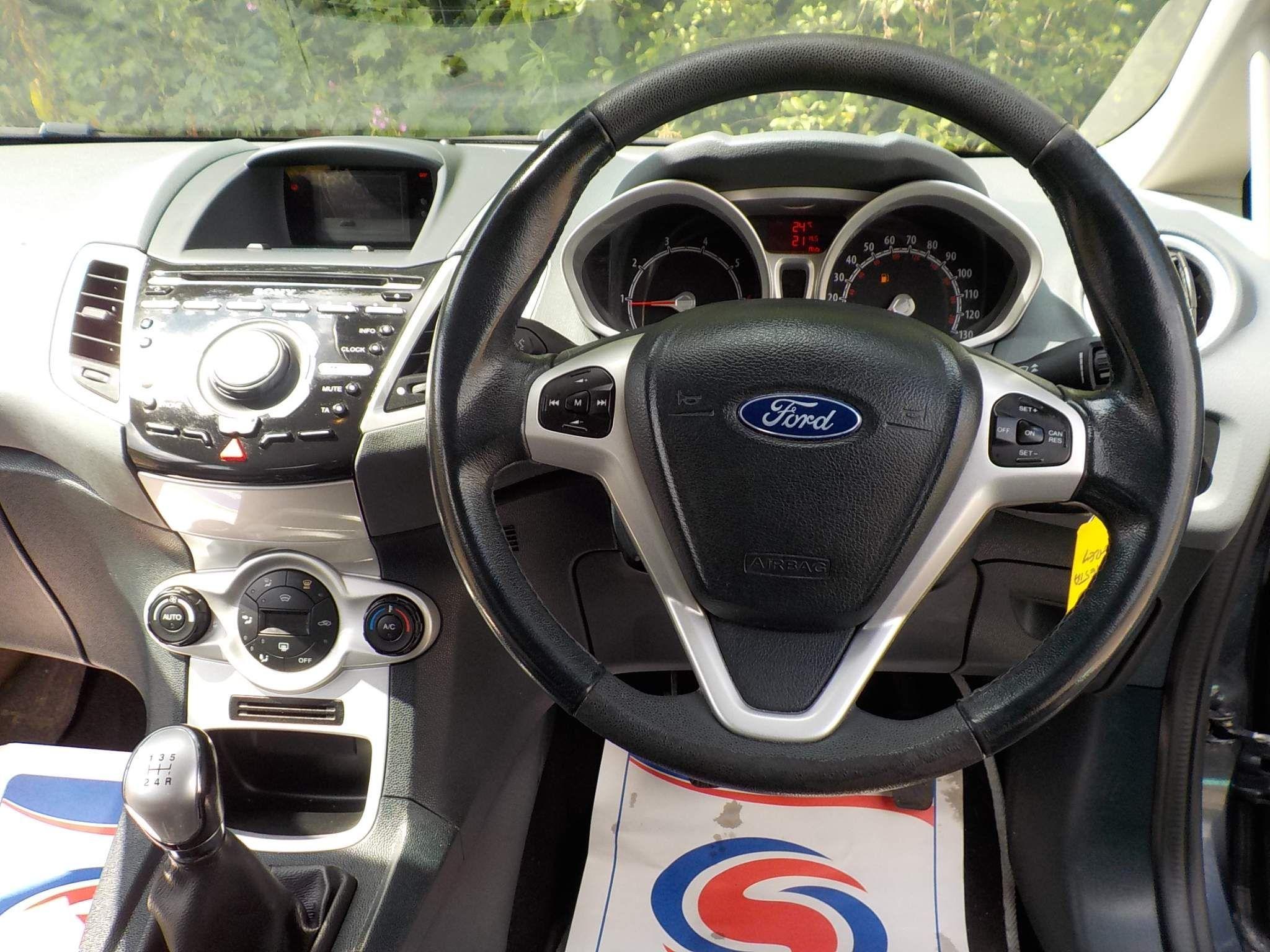 Ford Fiesta 1.6 Titanium 5dr