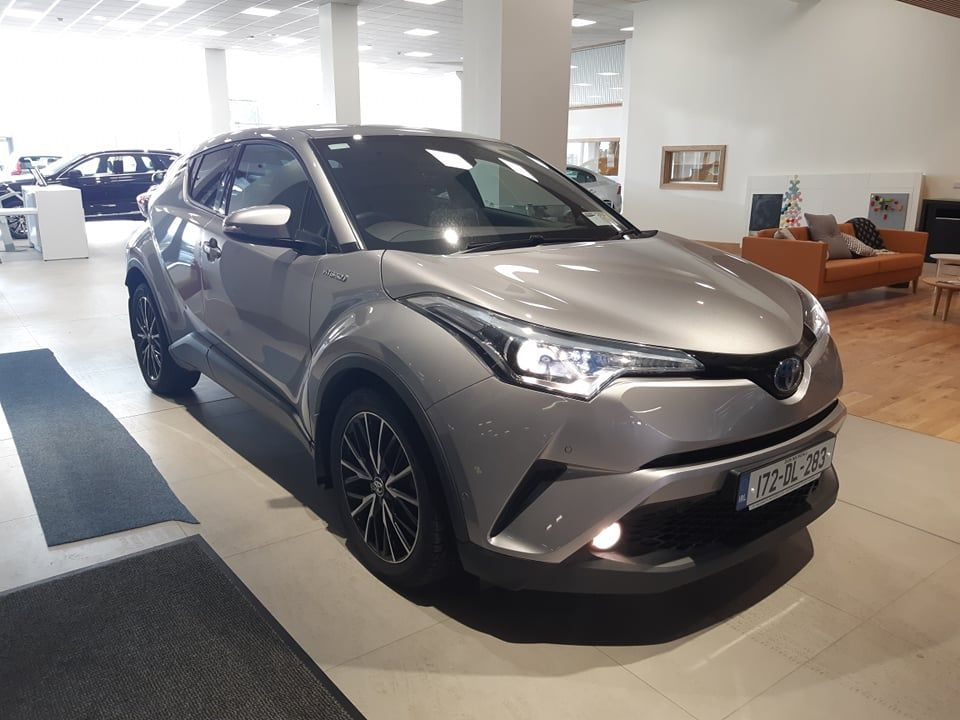 Toyota C-HR HYBRID - SOL - AUTOMATIC (TOP SPEC IN THE RANGE)