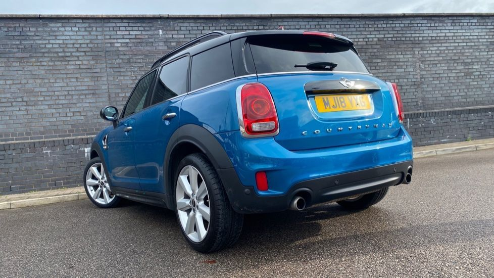Image 29 - MINI Countryman (MJ18YXG)
