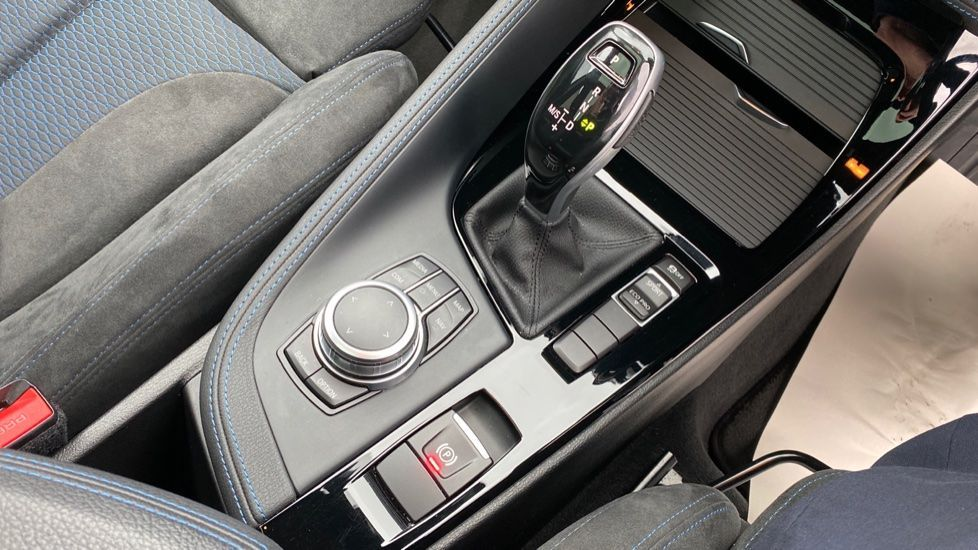 Image 10 - BMW sDrive18i M Sport (MM18LOD)