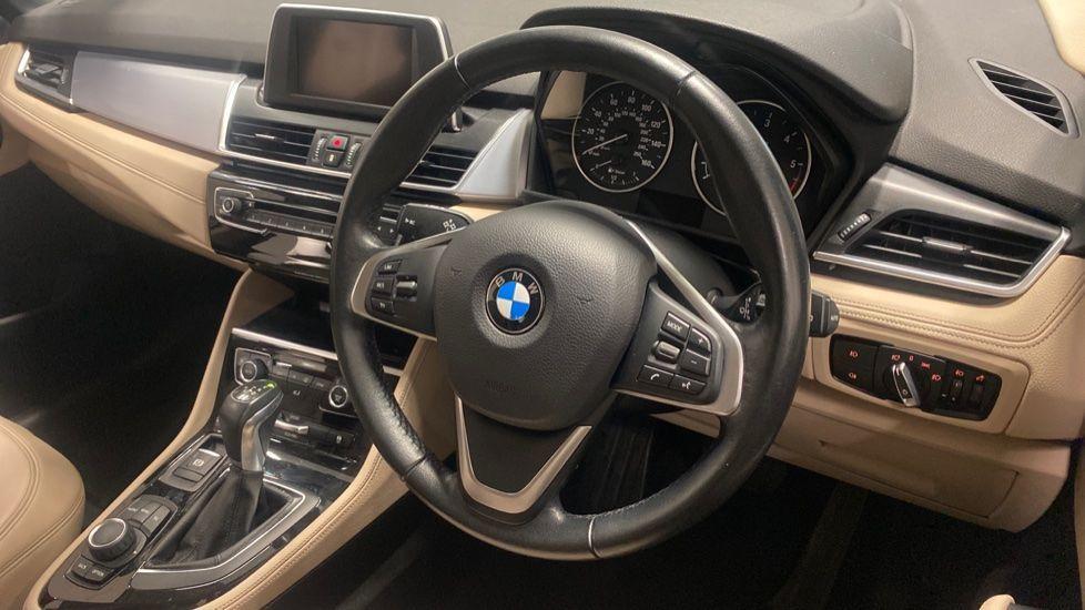Image 5 - BMW 218d Luxury Active Tourer (PO15VTN)