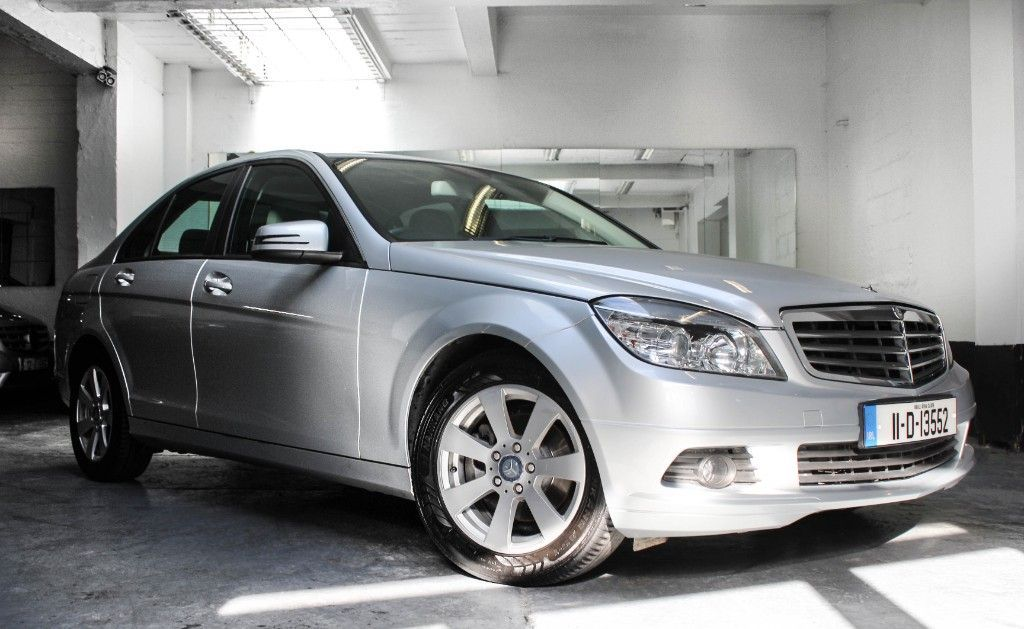 Mercedes-Benz C-Class C200 AUTO CRYSTAL GREY LEATHER LOW MILEAGE