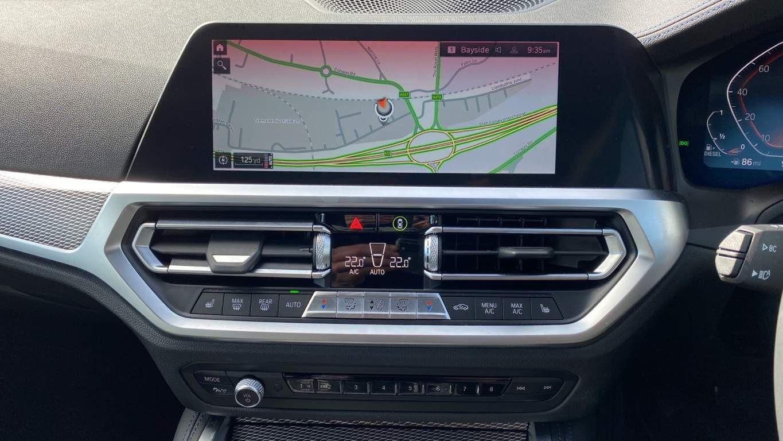 Image 8 - BMW 420d M Sport Coupe (YG70GCO)