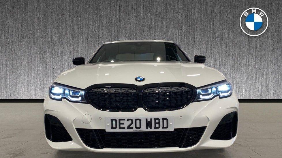 Image 16 - BMW M340i xDrive Saloon (DE20WBD)
