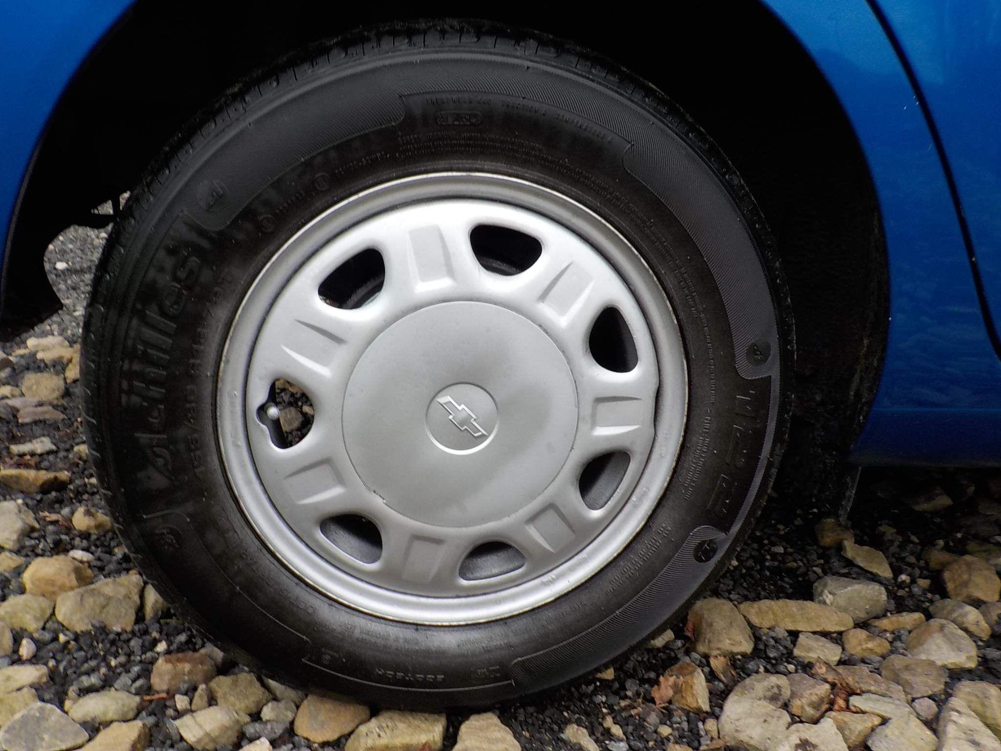 Chevrolet Spark 1.0 + 5dr
