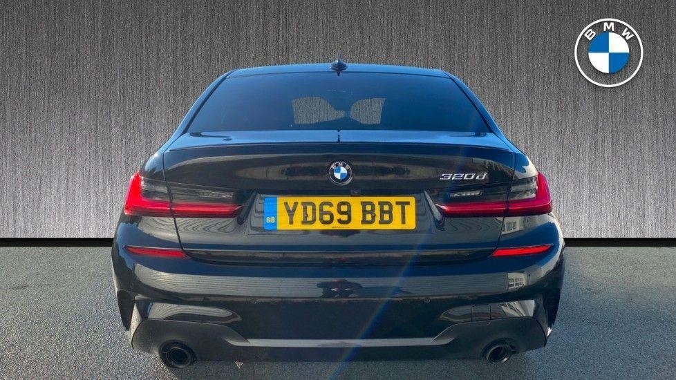 Image 15 - BMW 320d M Sport Saloon (YD69BBT)