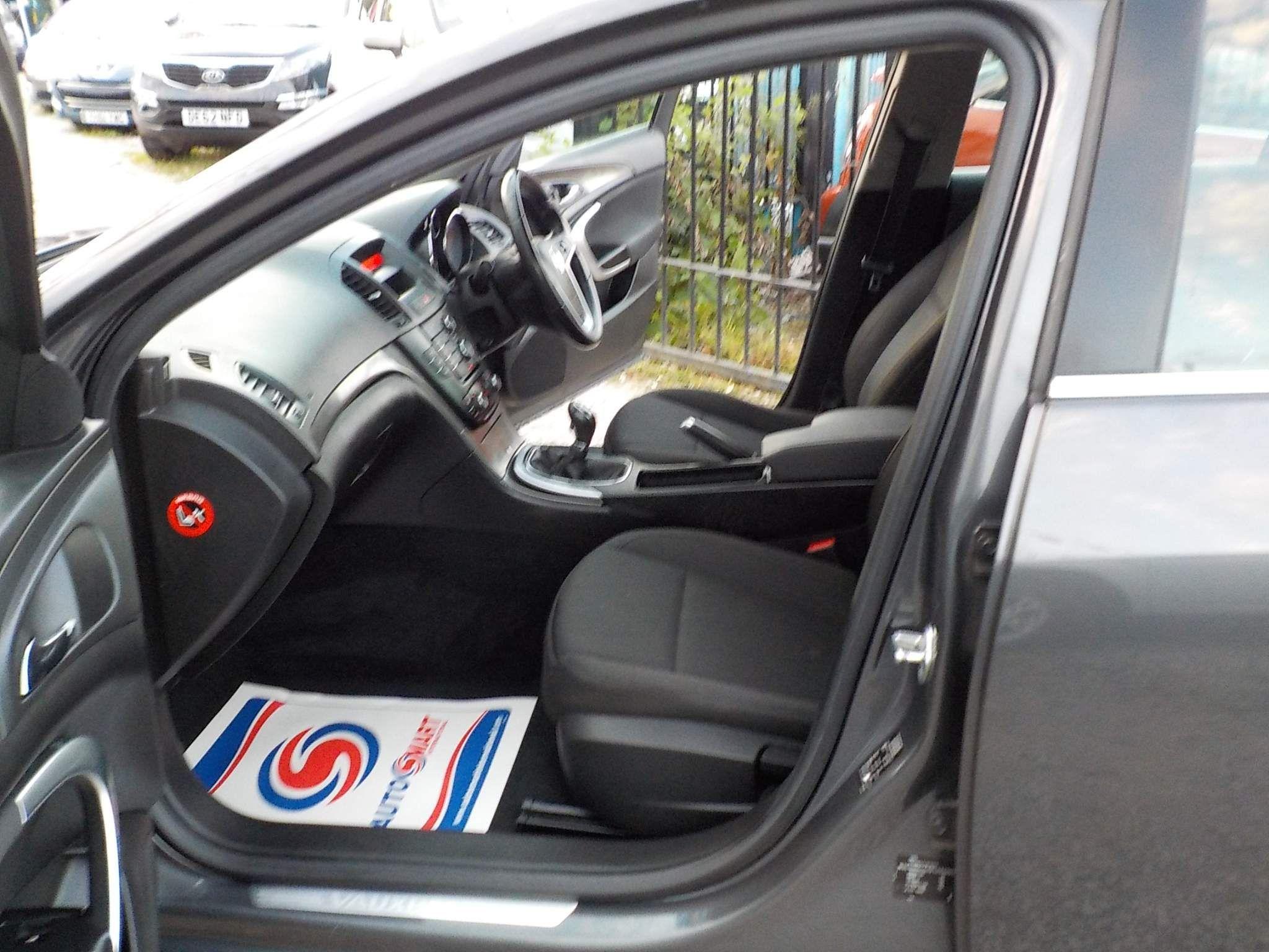 Vauxhall Insignia 1.8 i VVT 16v Exclusiv 5dr