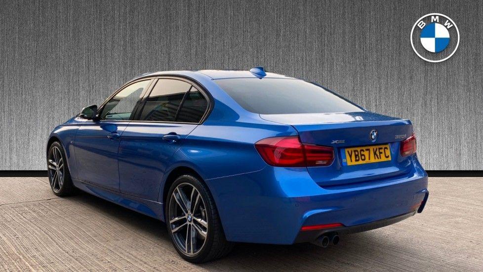 Image 2 - BMW 320i xDrive M Sport Shadow Edition Saloo (YB67KFC)