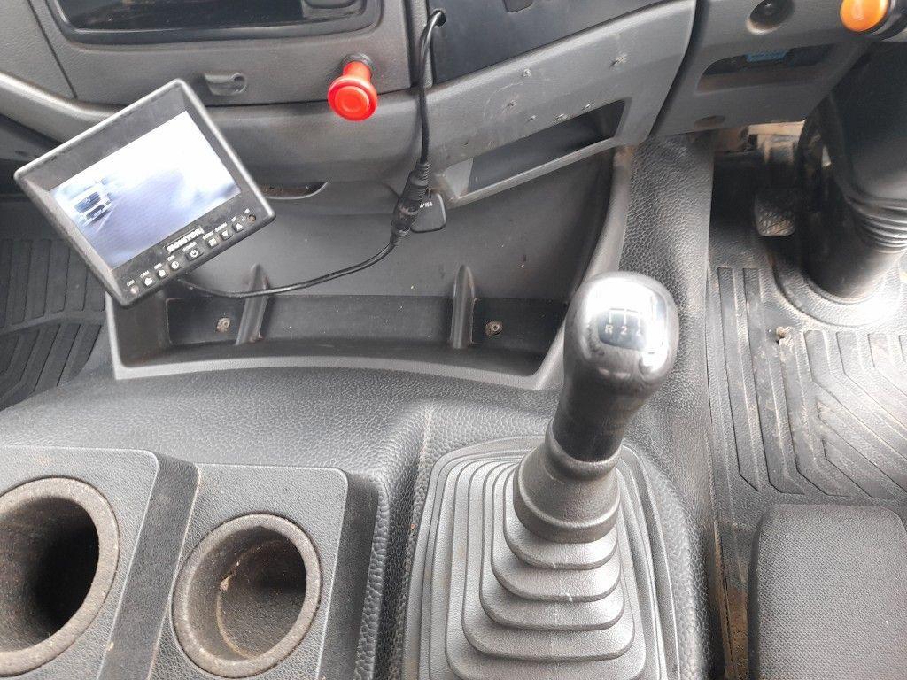 Used Mercedes-Benz Axor AXOR 1823 SKIP LOADER NEW CVRT (2006)