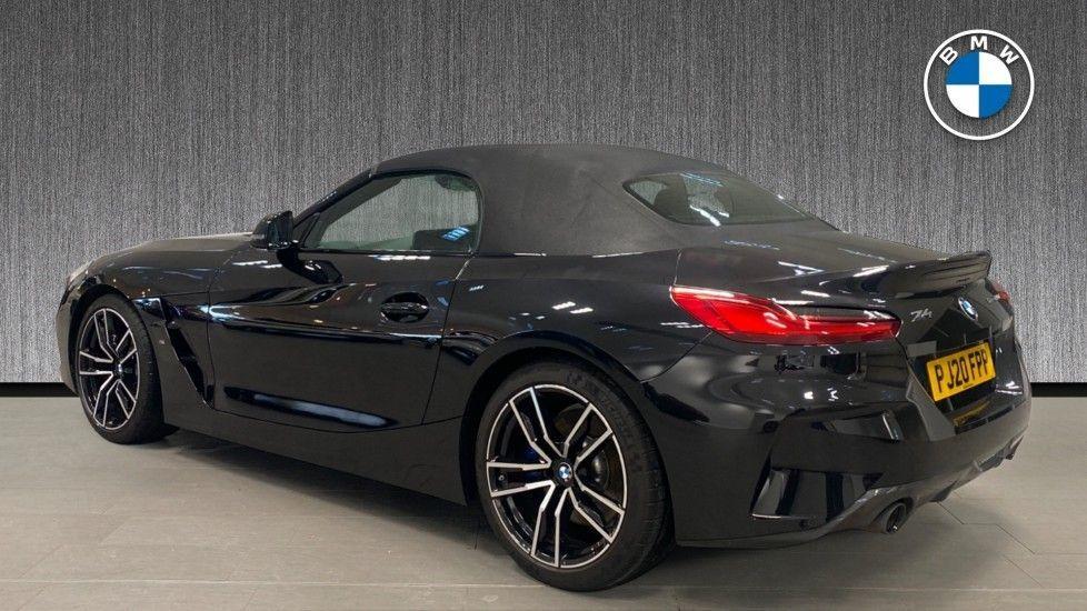 Image 2 - BMW sDrive20i M Sport (PJ20FPP)