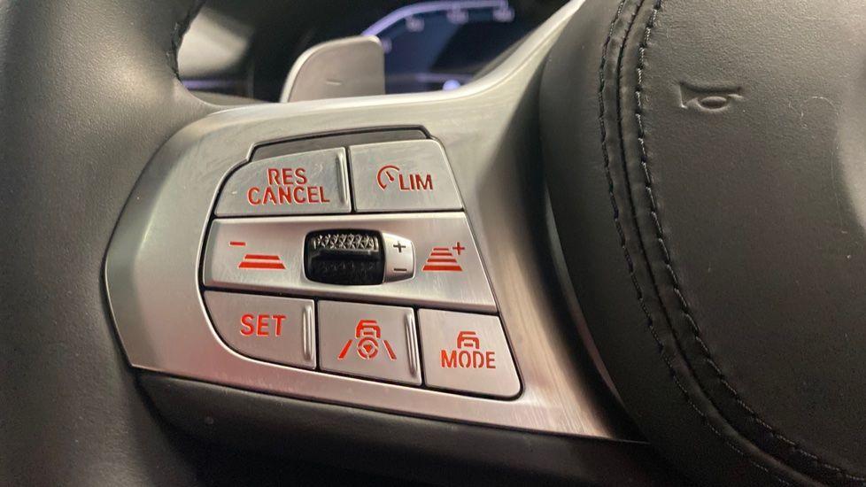 Image 17 - BMW 745Le xDrive M Sport Saloon (YG20OWX)