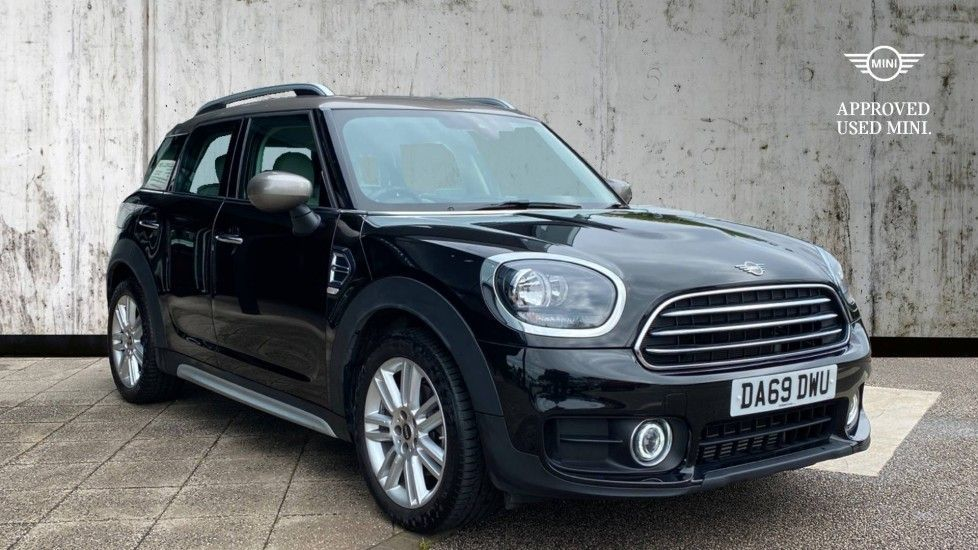 Thumbnail - 1 - MINI Countryman (DA69DWU)